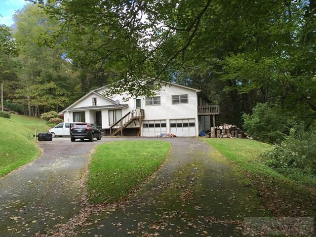 301 Old Turnpike Road, Banner Elk, NC 28604