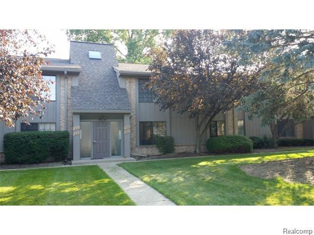 1855 MEADOW DALE Court, Rochester Hills, MI 48309