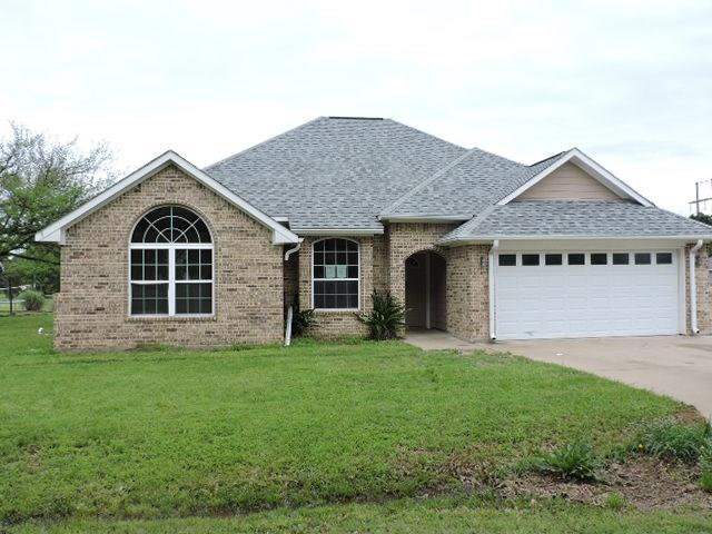 105 Tanglewood Drive, Tool, TX 75143