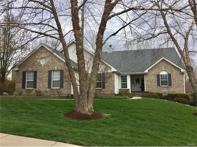 1054 Keystone Trail Drive, Chesterfield, MO 63005
