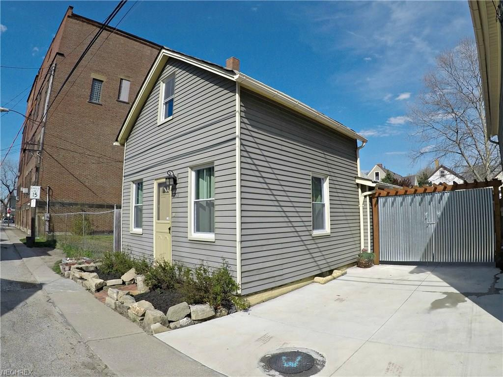 2513 W 15th St, Cleveland, OH 44113