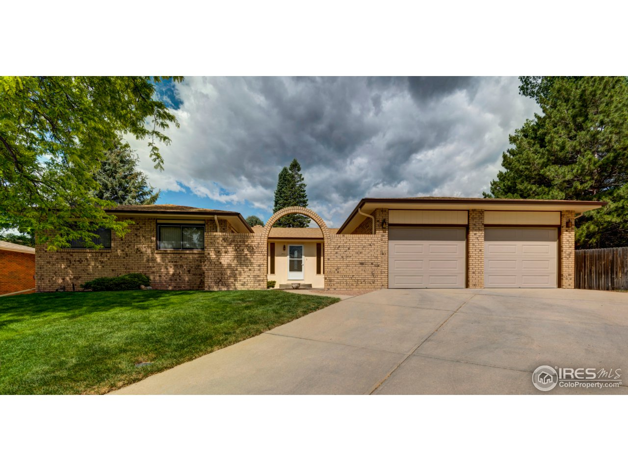 1409 44th Ave Ct, Greeley, CO 80634