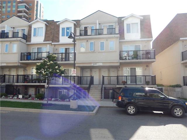 3045 Finch Ave 2098, Toronto, ON M9M 0A5