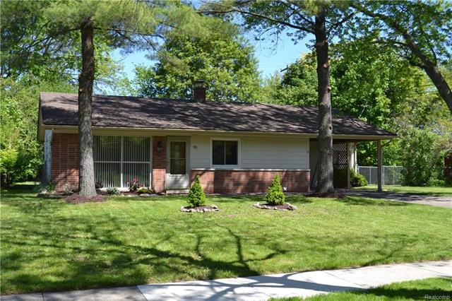 620 PARKVIEW DR, Plymouth, MI 48170