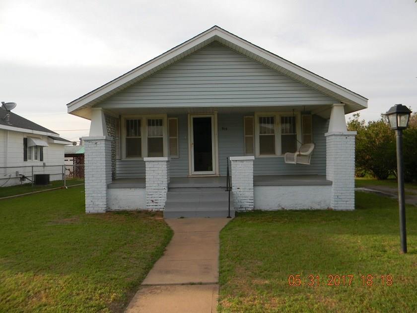 915 E Whitmer, Sentinel, OK 73664