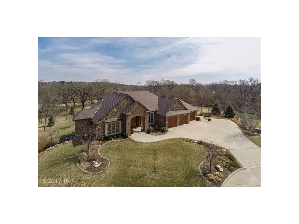 470 Painted Woods Drive, Waukee, IA 50263