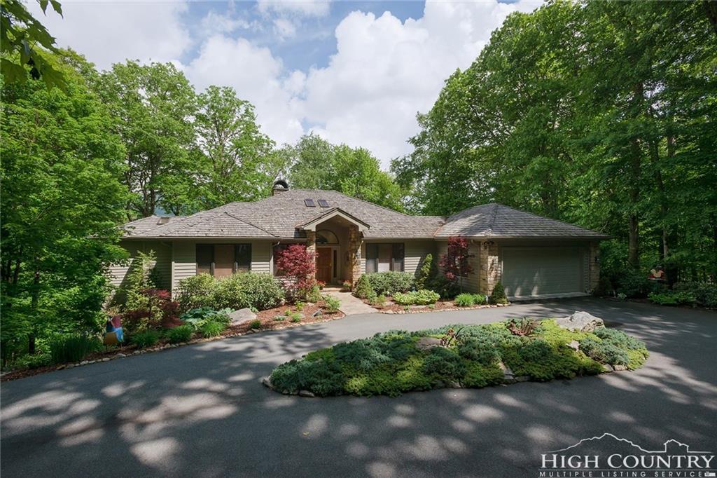 1038 Ridge Drive 10, Linville, NC 28646