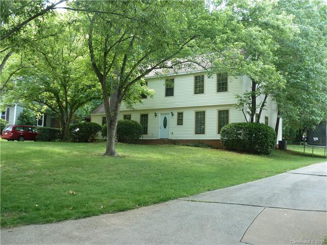 512 Riverwood Road, Charlotte, NC 28270