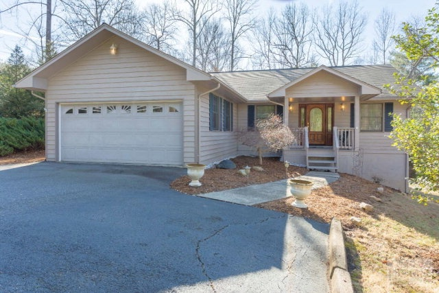 110 Apple Blossom Drive, Morganton, NC 28655