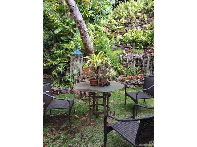 3284 Beaumont Woods Place 7, Honolulu, HI 96822