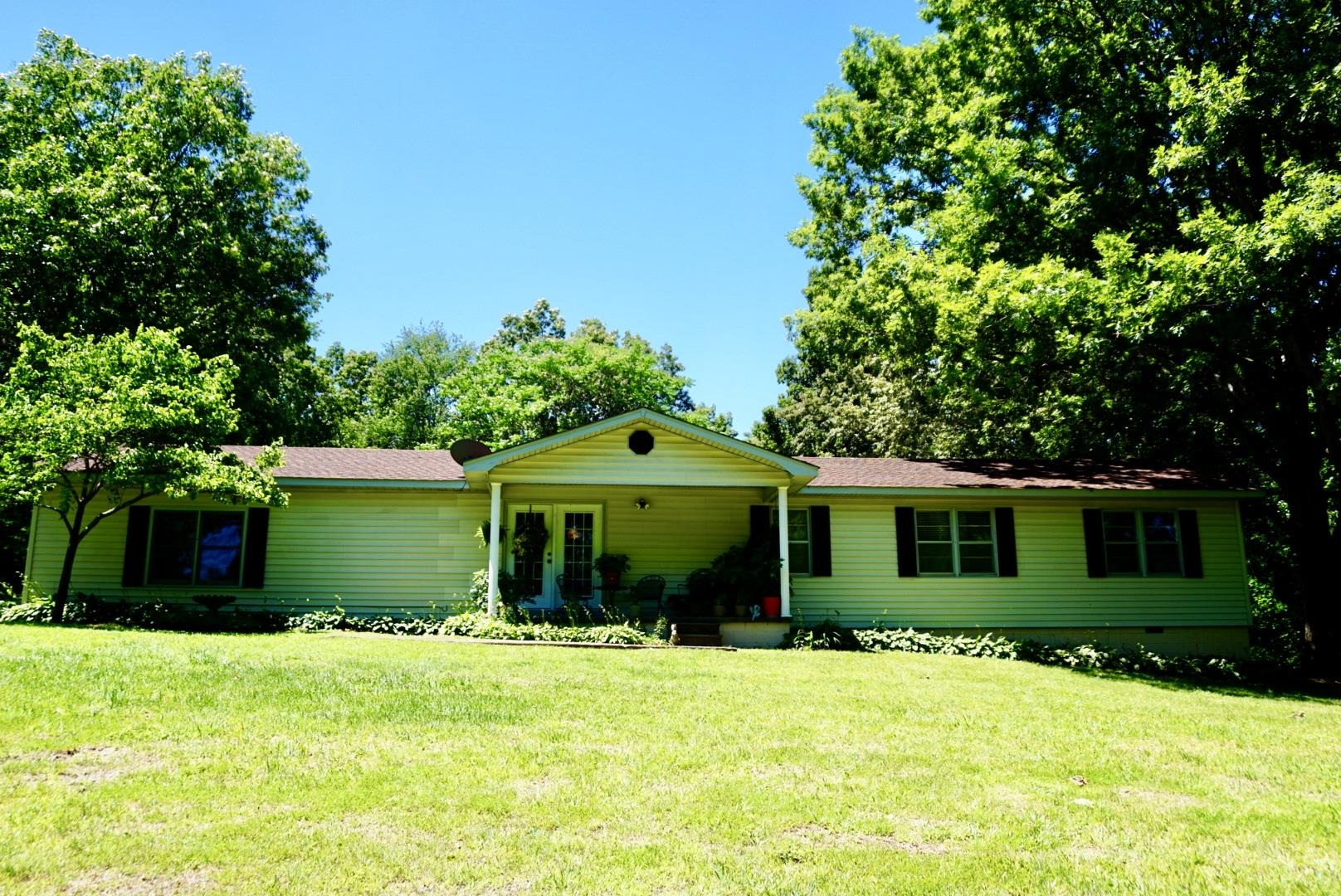 301 Oliver Smith Rd, Flintville, TN 37335