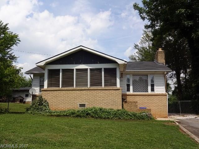 211 Wilmont Drive, Hendersonville, NC 28792