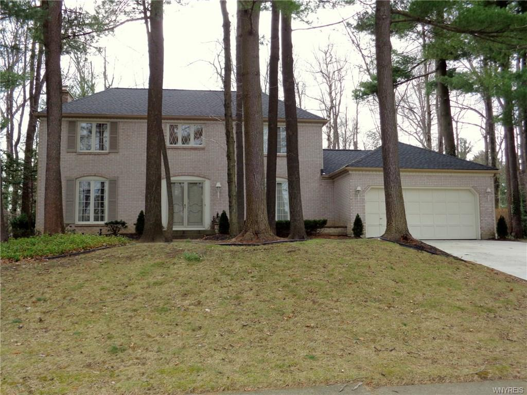 128 Wood Acres Drive, Amherst, NY 14051