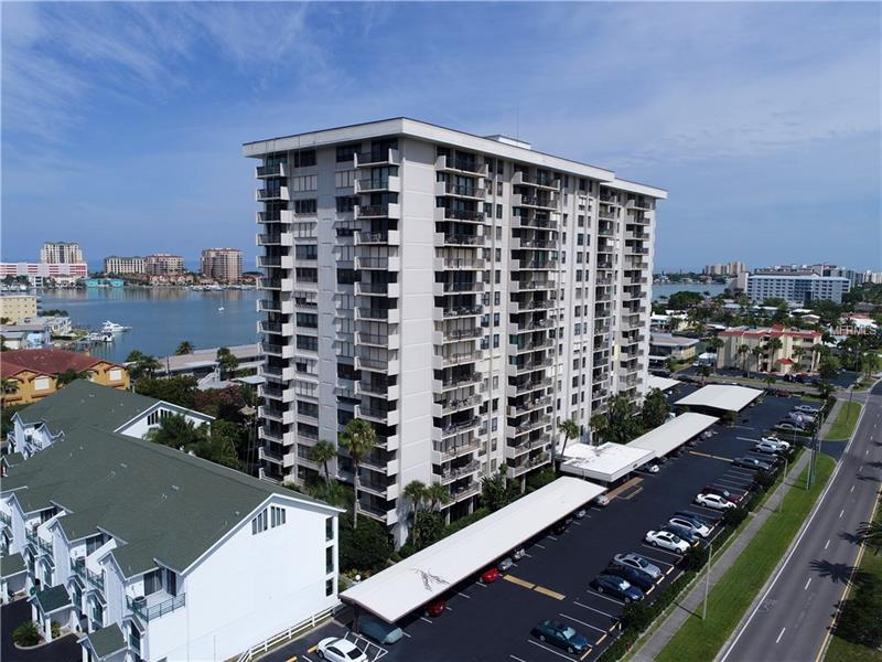 400 ISLAND WAY 302, CLEARWATER BEACH, FL 33767
