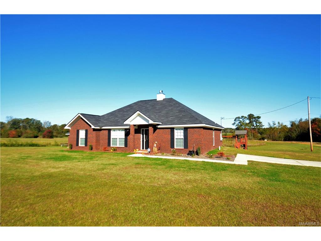 165 Searcy Lane, Clanton, AL 35045