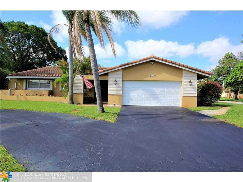 992 NW 83rd Dr, Coral Springs, FL 33071