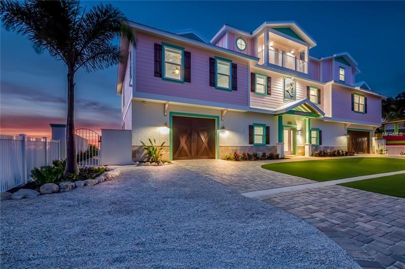 2802 AVENUE E, HOLMES BEACH, FL 34217
