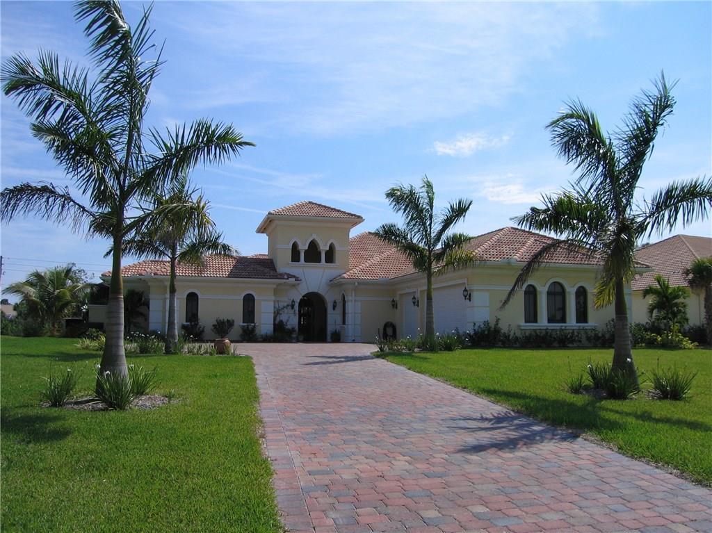 1219 SW Squire Johns Lane, Palm City, FL 34990