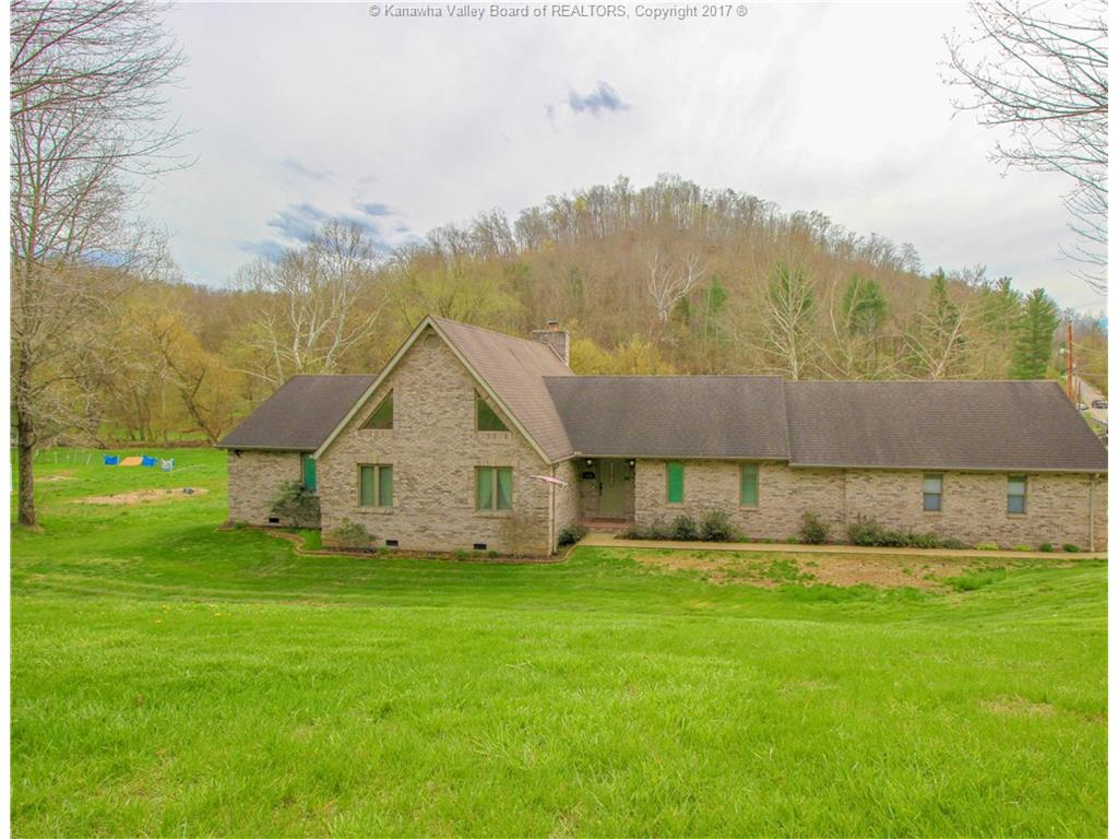 1401 Browns Creek Road, Saint Albans, WV 25177