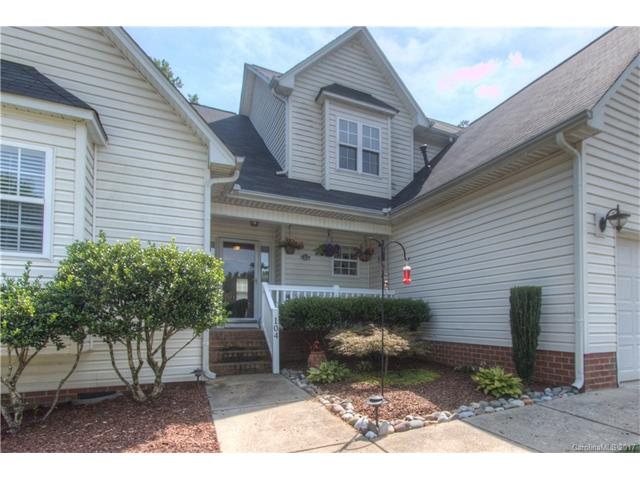 104 Rocky Way Court, Mount Holly, NC 28120