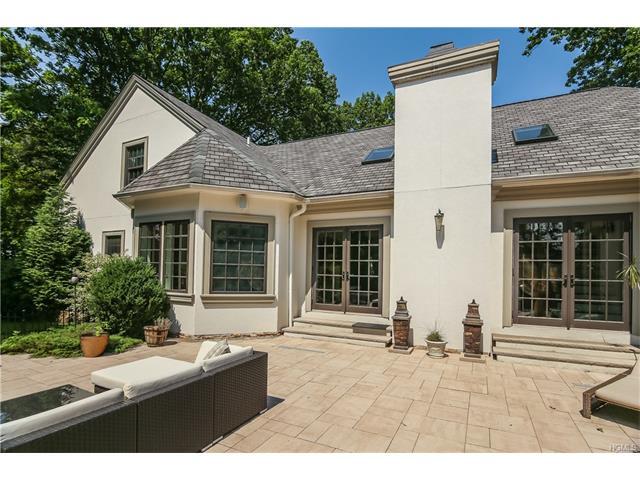 33 Manor Avenue, White Plains, NY 10605