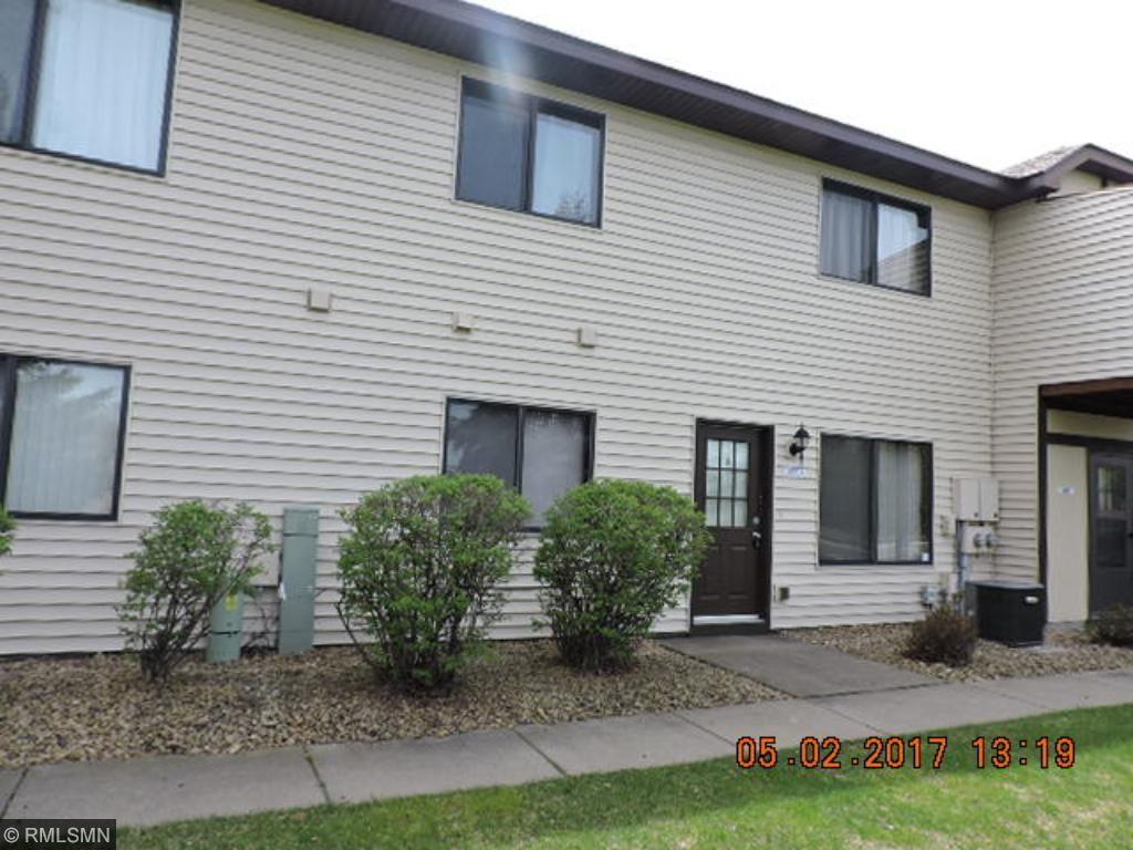 5991 Dellwood Avenue, Shoreview, MN 55126