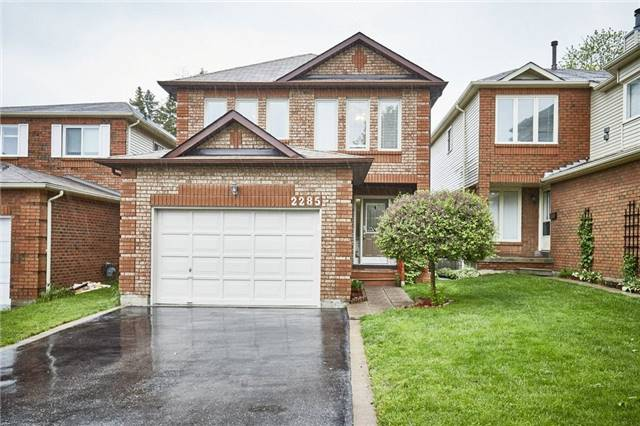 2285 Wildwood Cres, Pickering, ON L1X 2R7