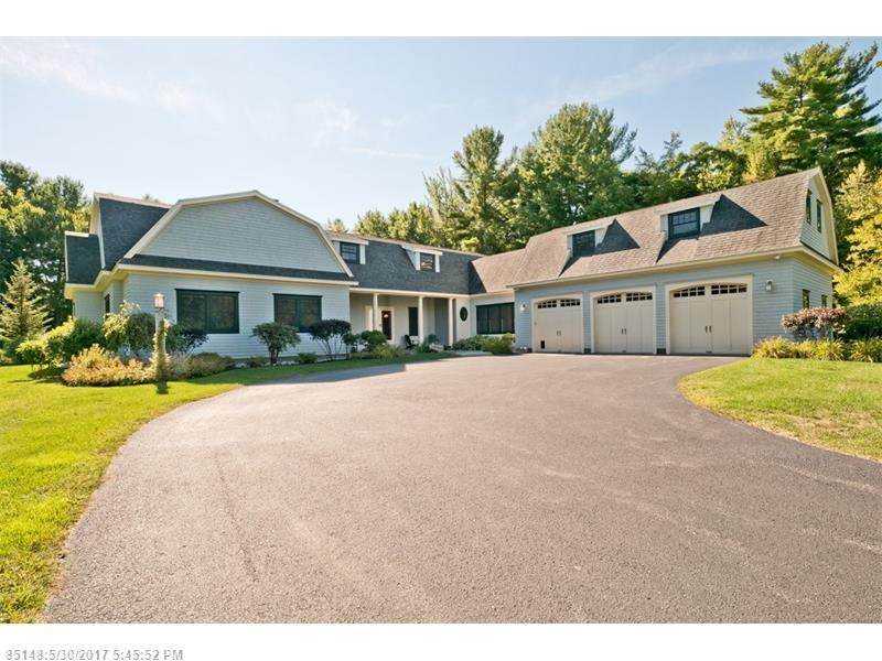141 Woodlands DR , Falmouth, ME 04105