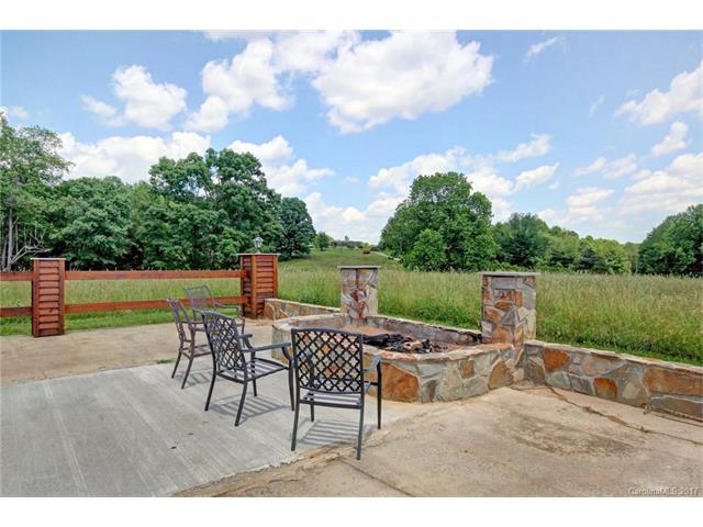 2522 Buzzard Rock Circle, Hamptonville, NC 27020
