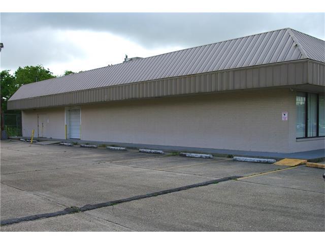5703 READ Boulevard 2C, New Orleans, LA 70127
