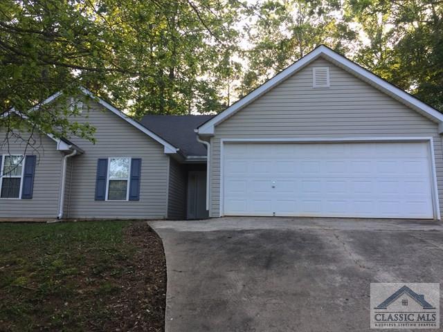 4233 Fairgrove Drive, Gillsville, GA 30543