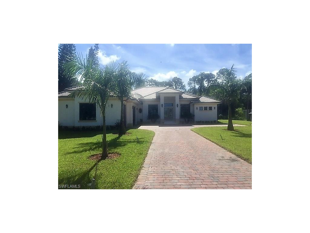 3060 39th ST SW, NAPLES, FL 34117
