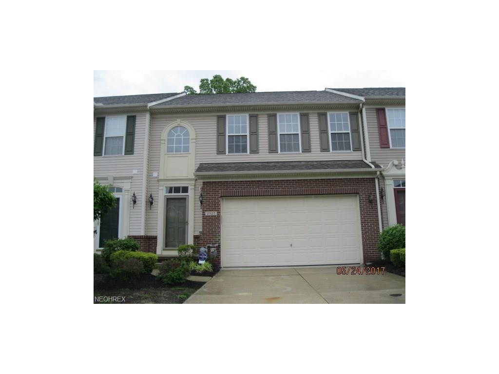 2927 Stratford Way, Willoughby Hills, OH 44092