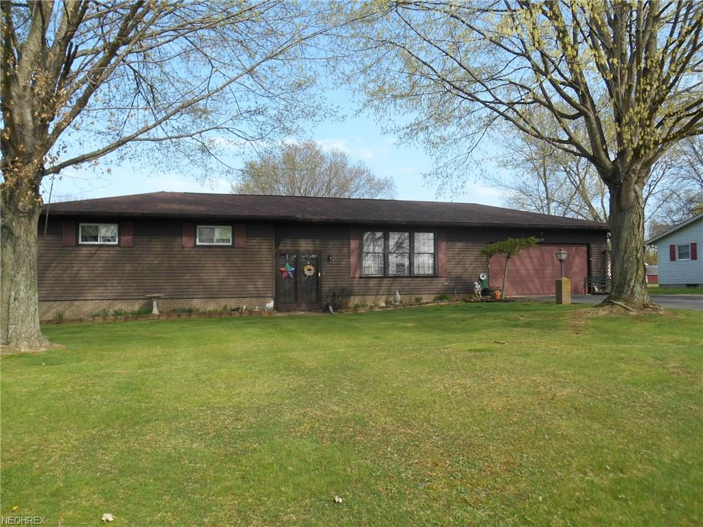 22179 Valley View Dr, West Lafayette, OH 43845