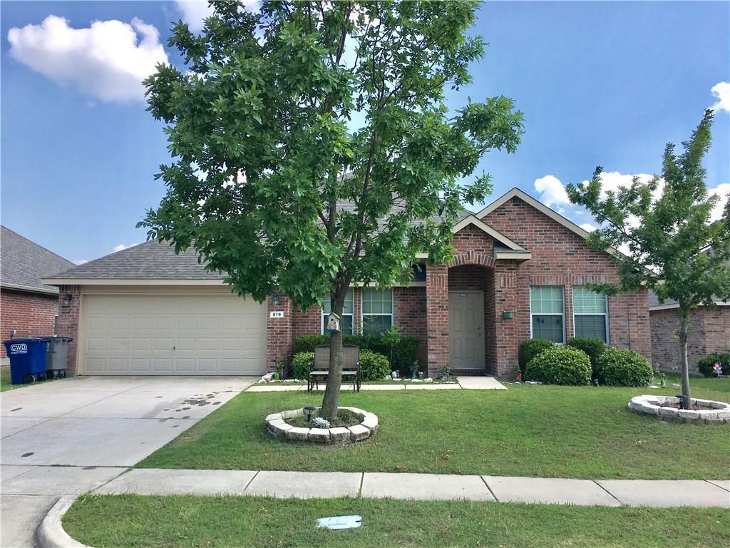 919 Oakcrest Drive, Wylie, TX 75098