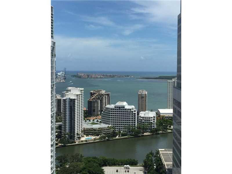 68 SE 6 St. 3311, Miami, FL 33131