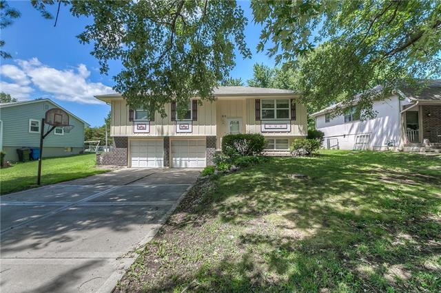 213 SW WESTMINISTER Road, Blue Springs, MO 64014
