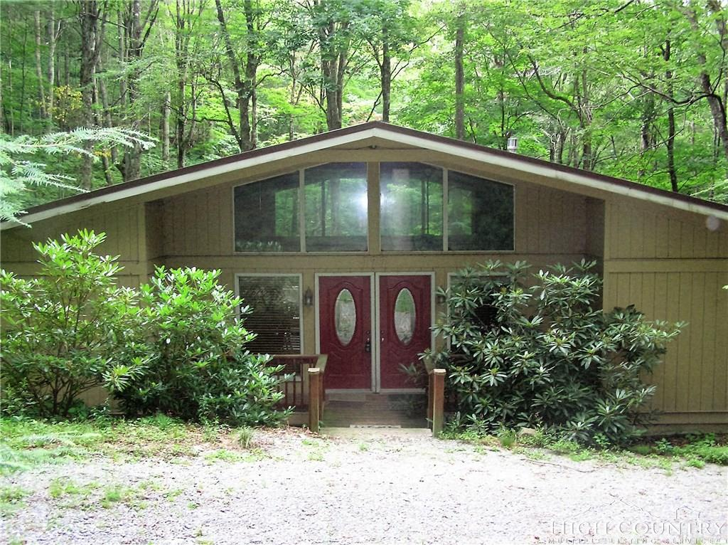 177 Green Cove Road, Sugar Mountain, NC 28604