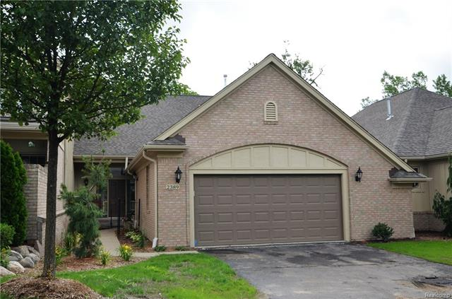 2389 HICKORY GLEN Drive 19, Bloomfield Hills, MI 48304