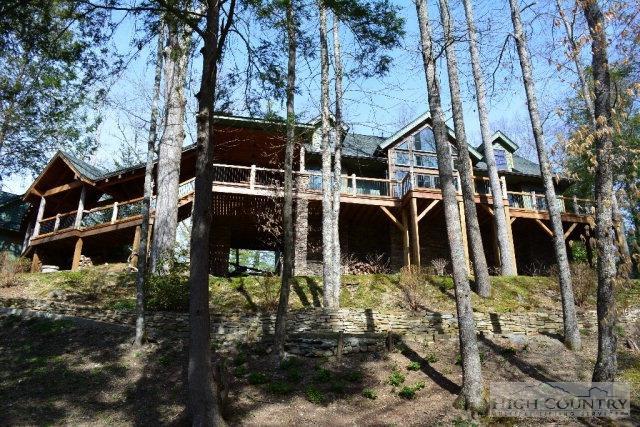 93 Meadow Park Place, Banner Elk, NC 28604