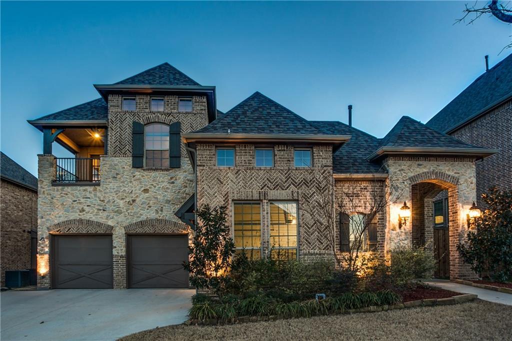 1031 Lavon Drive, Grapevine, TX 76051