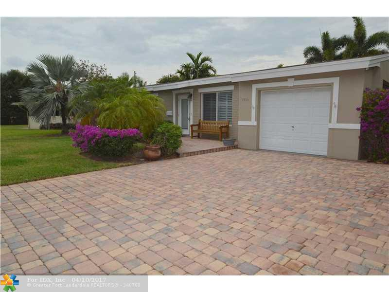 1916 CORAL GARDENS DR, Wilton Manors, FL 33306