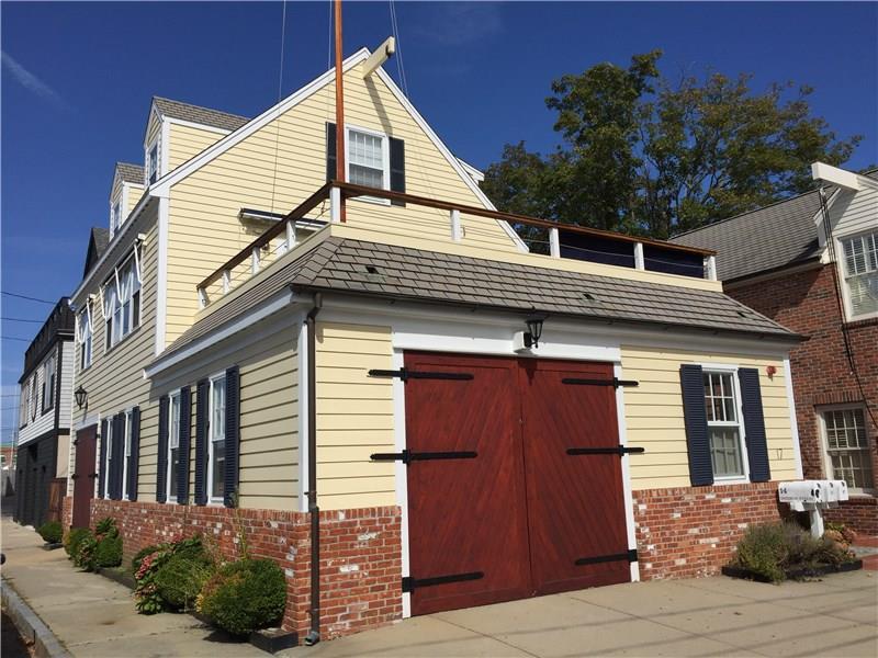 17 Goodwin ST, Newport, RI 02840