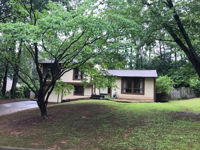 9845 Pond Circle, Roswell, GA 30076