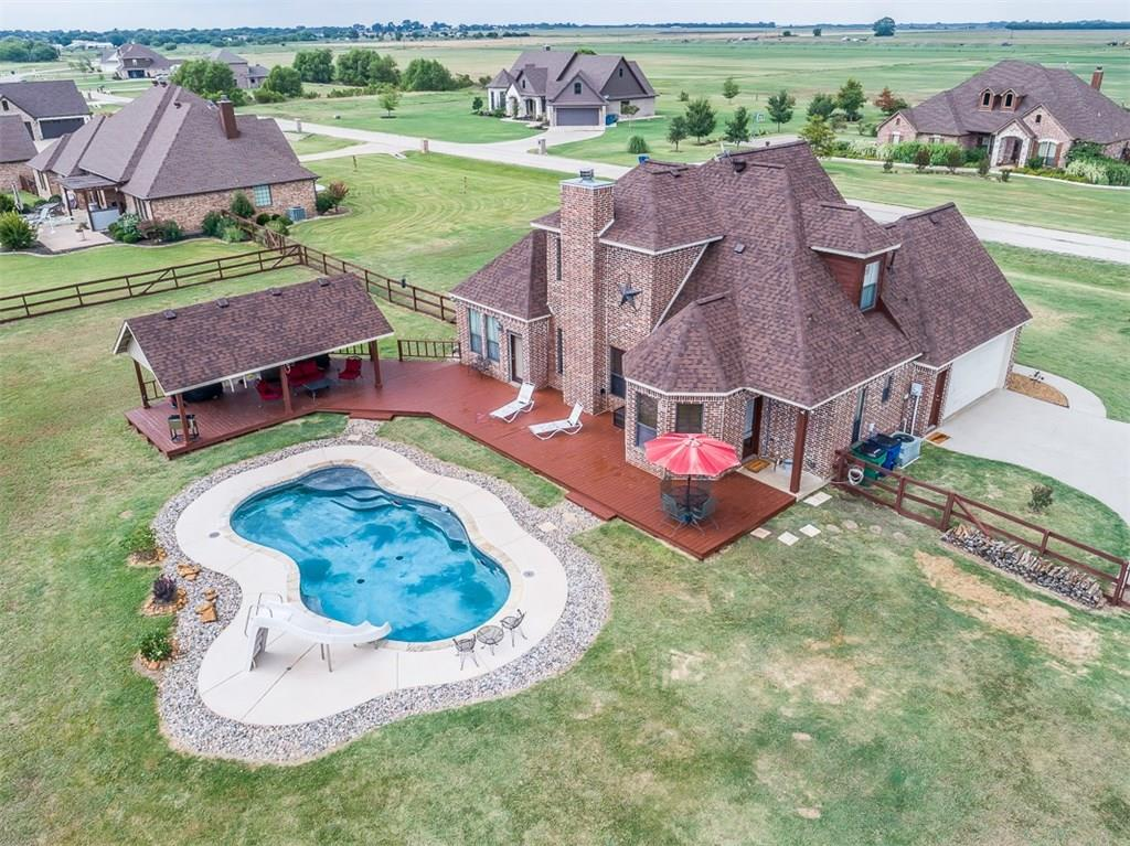 2028 Twin Creeks Circle, Pilot Point, TX 76258