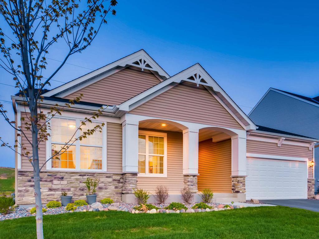 8282 Arrowwood Lane N, Maple Grove, MN 55369