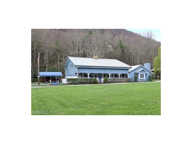 561 Caldwell Drive, Maggie Valley, NC 28751