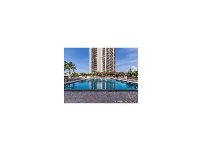 20301 W Country Club Dr 1030, Aventura, FL 33180