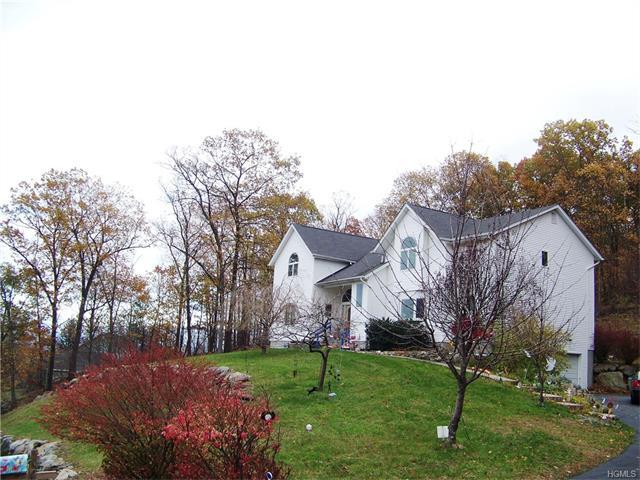 24 Pyngyp Road, Stony Point, NY 10980