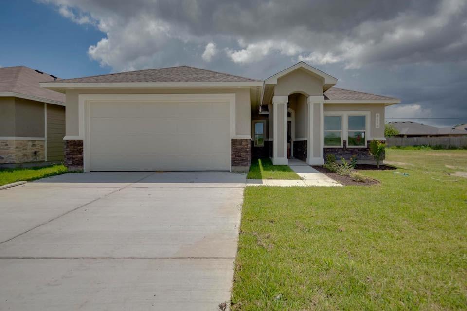 3110 Shallow Creek Dr, Corpus Christi, TX 78410